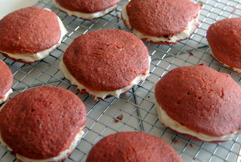 deconstructed-red-velvet-cupcakes-2.JPG