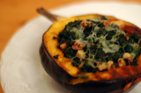 acorn-squash-with-spinach-stuffing.jpg
