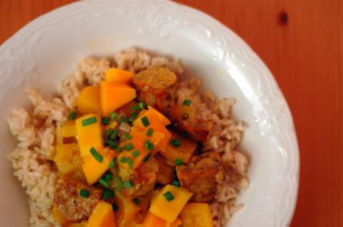 golden-tempeh-curry.jpg