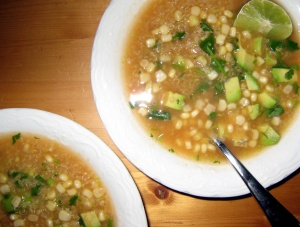 quinoa-soup-with-avocado-and-corn